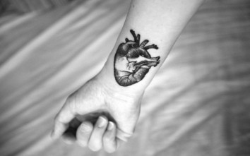 heart-tattoo-31-554x346